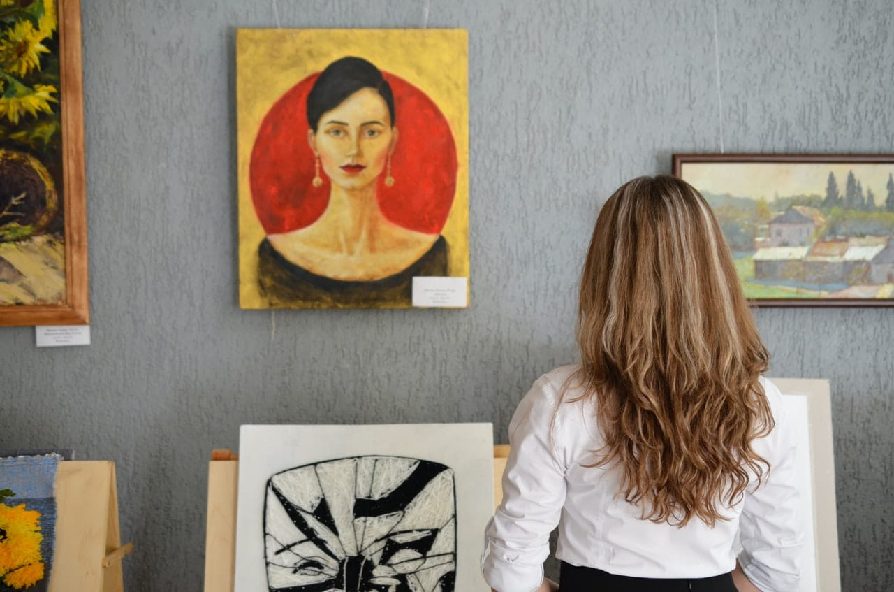 HOW TO PRICE YOUR ART | THE DOS AND DONTS WHEN PRICING YOUR ART